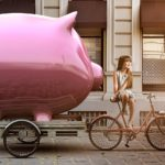 HOW TO SAVE MONEY WHILE TRAVELING?