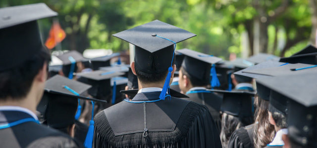 study-student-loans-weigh-the-heaviest-on-black-and-hispanic-students